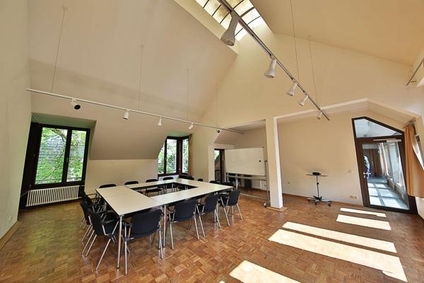 Studio - South