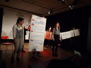 """Präsentation der comicgruppe im Seminar """"Gesellschaft X.0 - Alles vernetzt"""""""