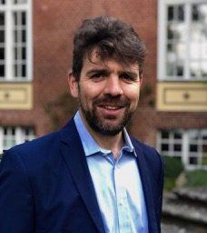 Dr. Fröhlich