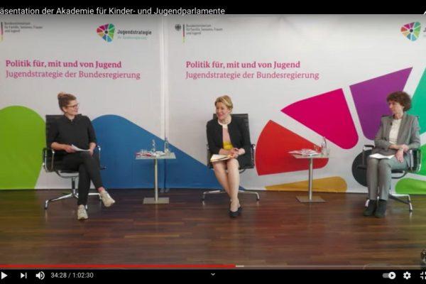 """""""Akademie für Kinder- und Jugendparlamente"""" von Franziska Giffey eröffnet - wannseeFORUM als BEST PRACTISE Beispiel mit dabei"""